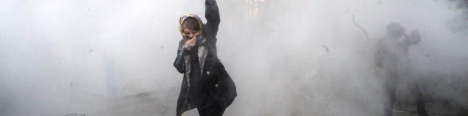 İran'da 2009 protestolarının sembolikleşen fotoğraflarından.