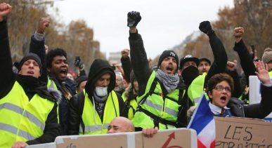 yellow-vests-demonstration-in-paris